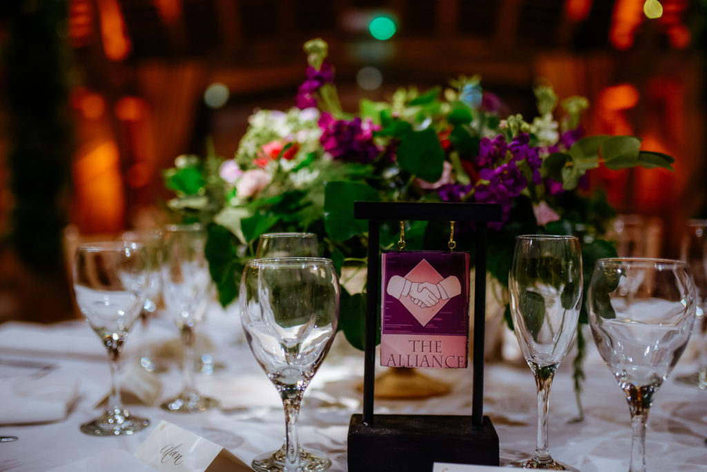 table decoration layout