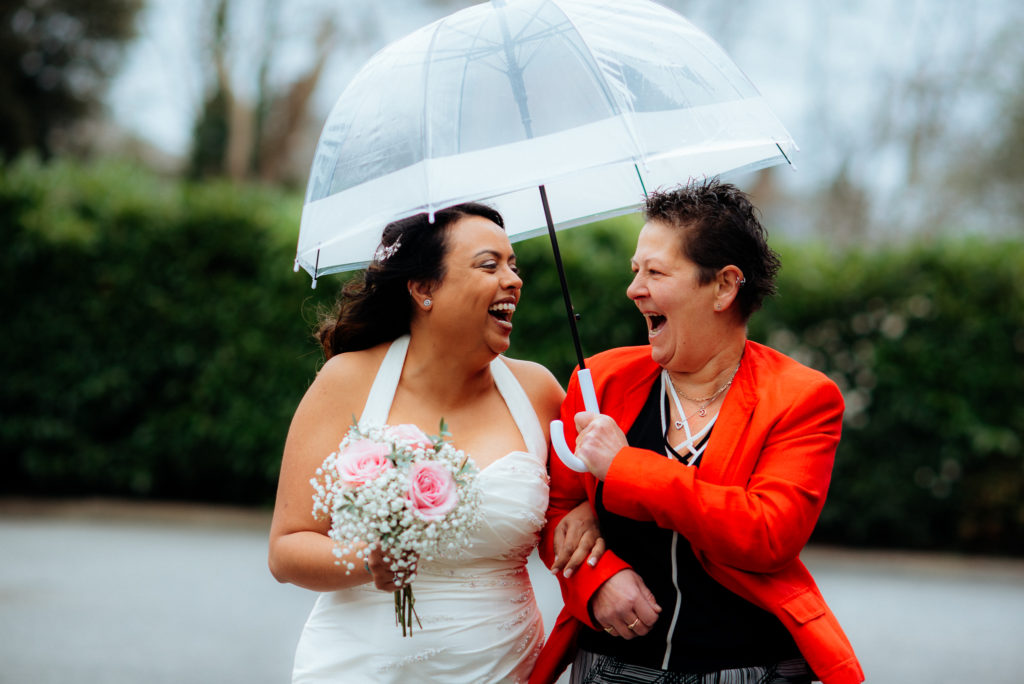 best friends on your wedding day