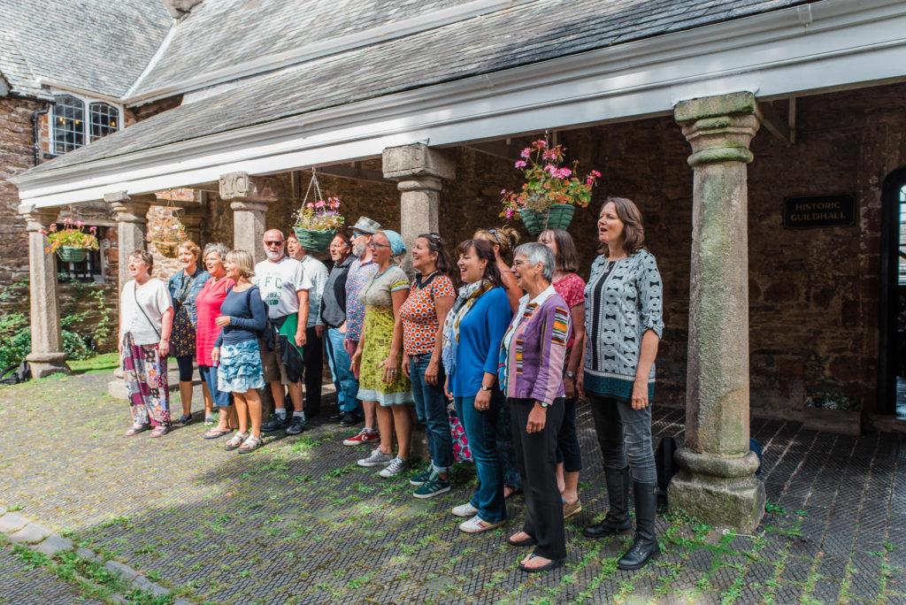 Flash mob choir sing at Totnes wedding