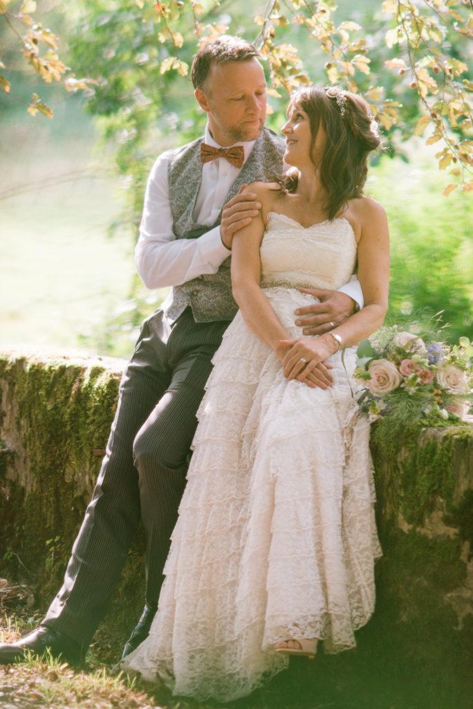 Romantic wedding photos Totnes