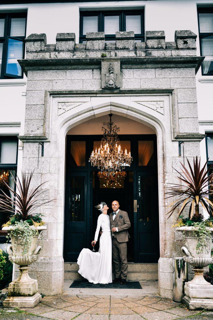 Bride and groom at Glazebrook house