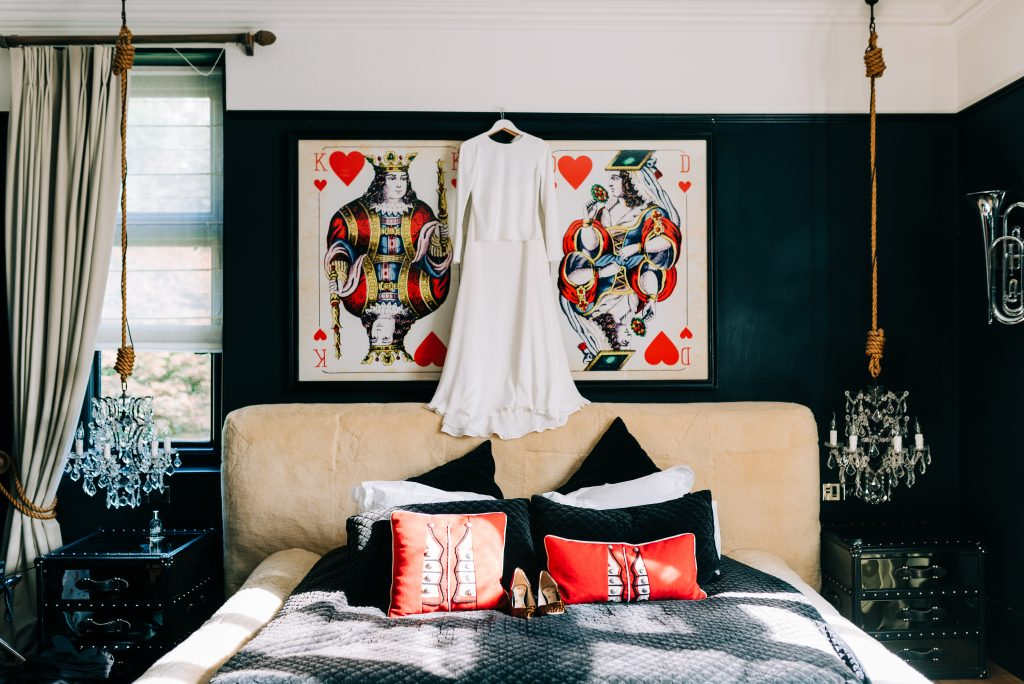 Queen of hearts themed bridal suite